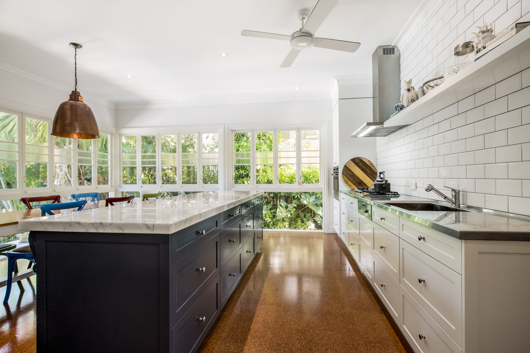 ... Country Kitchen Design Brisbane With Natural Marble U0026 Stainless Steel  Bench Top 2
